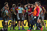 Harlequins players huddle together during a break in play. Aviva Premiership match, between Harlequins and Sale Sharks on October 6, 2017 at the Twickenham Stoop in London, England. Photo by: Patrick Khachfe / JMP