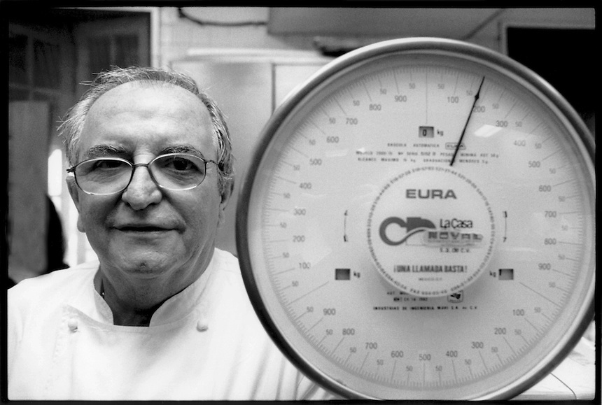 Juan Mari Arzak here photographed in the kitchens of Tezca restaurant.  Mexico City 3-5-04