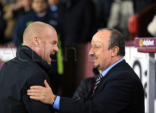 30th October 2017, Turf Moor, Burnley, England; EPL Premier League football, Burnley versus Newcastle United; Sean Dyche Manager of Burnley and Rafa Benítez Manager of Newcastle United  shake hands before the match