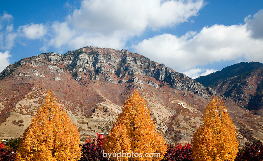 0910-57 147.CR2..GCS Fall Campus color.Photography by Mark A. Philbrick..Copyright BYU Photo 2009.All Rights Reserved.photo@byu.edu  (801)422-7322