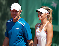 MARIA SHARAPOVA (RUS)..Tennis - Grand Slam - French Open- Roland Garros - Paris - Sat May 26th 2012..© AMN Images, 30, Cleveland Street, London, W1T 4JD.Tel - +44 20 7907 6387.mfrey@advantagemedianet.com.www.amnimages.photoshelter.com.www.advantagemedianet.com.www.tennishead.net
