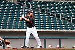 UA15-04-Nick Biddison