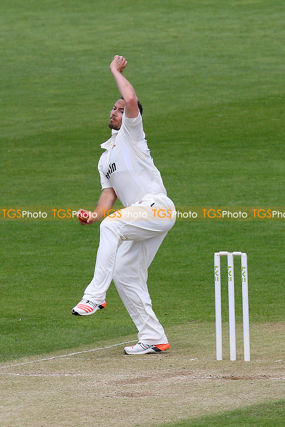 Graham Napier in bowling action for Essex - Glamorgan CCC vs Essex CCC - LV County Championship Division Two Cricket at the SWALEC Stadium, Sophia Gardens, Cardiff, Wales - 20/05/15 - MANDATORY CREDIT: TGSPHOTO - Self billing applies where appropriate - contact@tgsphoto.co.uk - NO UNPAID USE