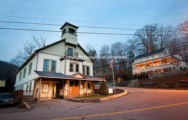 WASHINGTON, CT--- -121115JS04--The Harry O. Erickson Pavilion in New Preston. <br />  Jim Shannon Republican-American