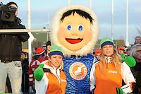 SCHAATSEN: EMMEN: Grote Rietplas, KPN NK Marathon Natuurijs, 08-02-2012, KPN Junior Schaatsclub, ©foto: Martin de Jong