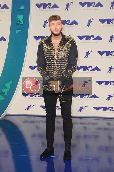 James Arthur<br /> at the 2017 MTV Video Music Awards, The Forum, Inglewood, CA 08-27-17<br /> David Edwards/DailyCeleb.com 818-249-4998