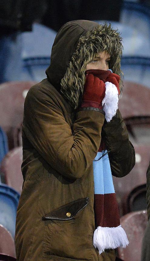 Fans<br /> <br /> Photographer Dave Howarth/CameraSport<br /> <br /> Football - The Football League Sky Bet Championship - Burnley v Preston North End - Saturday 5th December 2015 - Turf Moor - Burnley<br /> <br /> &copy; CameraSport - 43 Linden Ave. Countesthorpe. Leicester. England. LE8 5PG - Tel: +44 (0) 116 277 4147 - admin@camerasport.com - www.camerasport.com