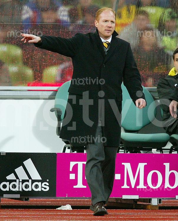 FUSSBALL 1. Bundesliga Saison 2002/2003 12.Spieltag FC Bayern Muenchen 2-1 Borussia Dortmund    BVB Trainer Matthias Sammer