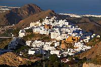 Spain, Andalusia, Province Almería, Costa de Almería, Mojácar: View over Mojacar Pueblo and Mojacar Playa | Spanien, Andalusien, Provinz Almería, Costa de Almería, Mojácar: weisses Dorf