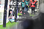 06.10.2019, Commerzbankarena, Frankfurt, GER, 1. FBL, Eintracht Frankfurt vs. SV Werder Bremen, <br /> <br /> DFL REGULATIONS PROHIBIT ANY USE OF PHOTOGRAPHS AS IMAGE SEQUENCES AND/OR QUASI-VIDEO.<br /> <br /> im Bild: Davy Klaassen (SV Werder Bremen #30) muss von Dr. Benjamin Schnee (Mannschaftsarzt Werder Bremen) behandelt werden<br /> <br /> Foto © nordphoto / Fabisch