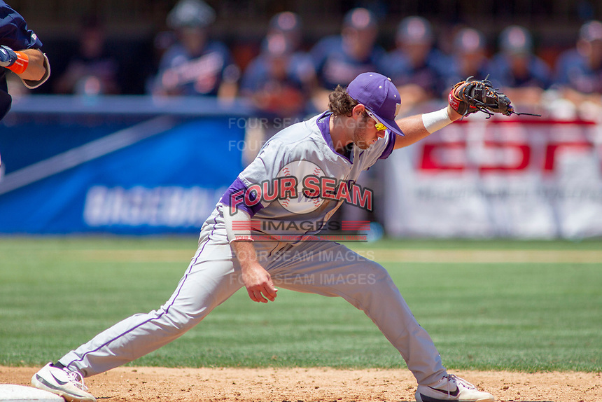 University of Washington Huskies Jonathan Schiffer (3) in action against the Cal State Fullerton Titans at Goodwin Field on June 08, 2018 in Fullerton, California. The University of Washington Huskies defeated the Cal State Fullerton Titans 8-5. (Donn Parris/Four Seam Images)