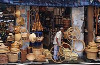 """Asie/Singapour/Singapour: Arab Street - Détail de la boutique de vannerie """"Habib et Rahmathi"""""""