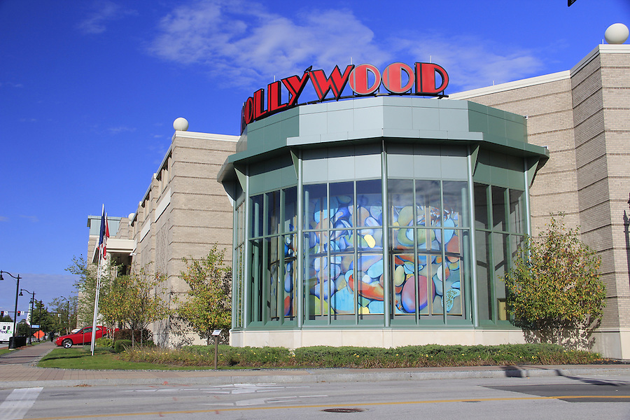 Hollywood casino & raceway in Bangor ME