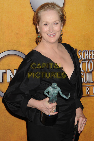 MERYL STREEP .15th Annual Screen Actors Guild Awards held at the Shrine Auditorium, Los Angeles, California, USA..January 25th, 2009.SAG pressroom half length black top award trophy clutch bag .CAP/ADM/BP.©Byron Purvis/AdMedia/Capital Pictures.