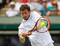 England, London, Juli 02, 2015, Tennis, Wimbledon, Robin Haase (NED) in action against Andy Murray (GBR)<br /> Photo: Tennisimages/Henk Koster