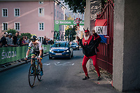 When Brodie Chapman (AUS) got Didi 'Der Teufel' cheering her on...<br /> <br /> WOMEN ELITE ROAD RACE<br /> Kufstein to Innsbruck: 156.2 km<br /> <br /> UCI 2018 Road World Championships<br /> Innsbruck - Tirol / Austria