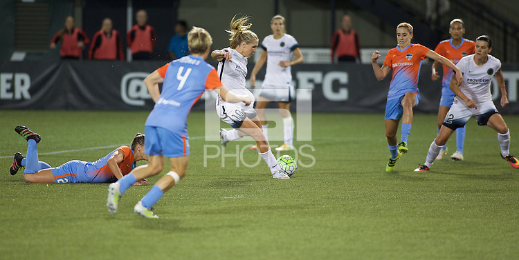 Portland, OR - Wednesday Sept. 07, 2016: Allie Long during a regular season National Women's Soccer League (NWSL) match between the Portland Thorns FC and the Houston Dash at Providence Park.