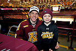 skate with Gophers, Haula