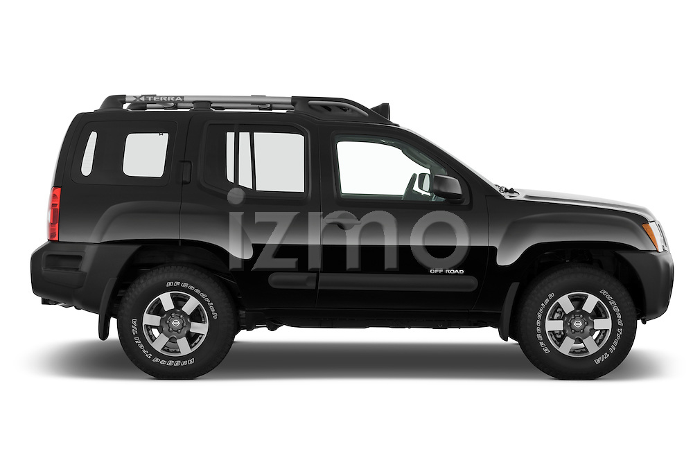 Driver side profile view of a 2009 Nissan Xterra Off Road.