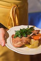 Europe/France/Aquitaine/24/Dordogne/Trémolat:  Pot au feu de confit de canard, recette du restaurant: Le Bistrot d'en face