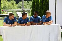 Deutschland U20 bei der Autogrammstunde - 29.05.2018: Presseveranstaltung und Autogrammstunde der Deutschen U20 Nationalmannschaft im Rahmen der WM-Vorbereitung der A-Nationalmannschaft in der Sportzone Rungg in Eppan/Südtirol