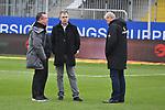 16.03.2019, BWT-Stadion am Hardtwald, Sandhausen, GER, 2. FBL, SV Sandhausen vs FC St. Pauli, <br /> <br /> DFL REGULATIONS PROHIBIT ANY USE OF PHOTOGRAPHS AS IMAGE SEQUENCES AND/OR QUASI-VIDEO.<br /> <br /> im Bild: Markus Kauczinski (Trainer, FC St. Pauli), Geschaeftsfuehrer Andreas Rettig und Sportdirektor Uwe Stoever / St&ouml;ver<br /> <br /> Foto &copy; nordphoto / Fabisch