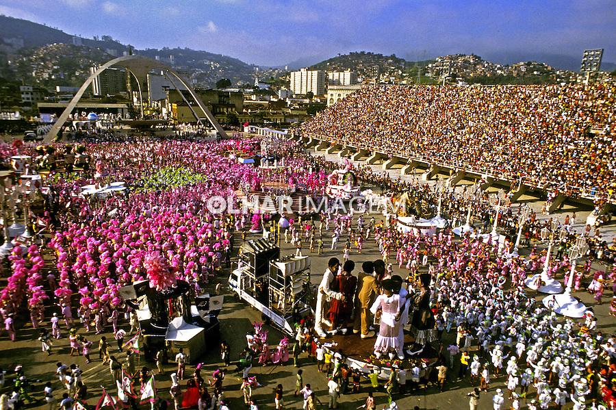 Desfile de carnaval da Mangueira, Rio de Janeiro. 1985. Foto de Juca Martins.