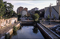 Milano, quartiere Greco, periferia nord. Il Naviglio Martesana inizia qui a scorrere coperto sotto la città --- Milan, Greco district, north periphery. The canal Naviglio Martesana flows from here covered beneath the town