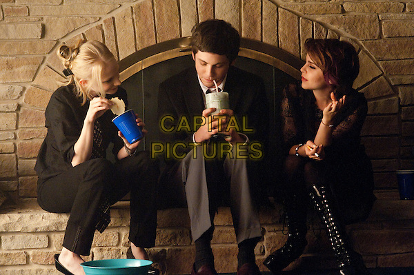 Logan Lerman, Mae Whitman<br /> in The Perks of Being a Wallflower (2012) <br /> (Le monde de Charlie)<br /> *Filmstill - Editorial Use Only*<br /> CAP/NFS<br /> Image supplied by Capital Pictures