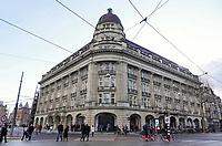 Nederland - Amsterdam -  Februari 2019.  Het Hirsch gebouw aan het Leidseplein. In dit gebouw is oa Apple gevestigd.  Foto Berlinda van Dam / Hollandse Hoogte