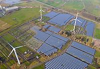 Solarpark Buettel: EUROPA, DEUTSCHLAND, SCHLESWIG-HOLSTEIN, BRUNSBUETTEL , BUETTEL (EUROPE, GERMANY), 14.01.2012: Auf einer ehemaligen Industriefläche in der naehe von Brunsbuettel/ Schleswig-Holstein wird auf einer Flawche von ca. 50 Hektar ein Solarpark errichtet
