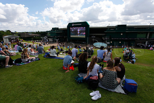 03.07.2016. All England Lawn Tennis and Croquet Club, London, England. The Wimbledon Tennis Championships Middle Sunday.  A general view of Henman Hill outside Court 1 at the All-England Club, Wimbledon before play starts on middle Sunday.