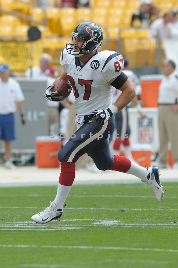 MARK BRUENER, of the Houston Texans, in action during the Texans, game against the Pittsburgh Steelers  in Pittsburgh, Pennsylvania on September 7, 2008..The Pittsburgh Steelers won 38-17