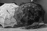 Italie, Vénétie, Venise:   Lagune de Venise,Île de Burano, Ombrelles   // Italy, Veneto, Venice:  Venetian Lagoon, Burano island, Umbrellas