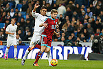 Real Madrid´s Danilo and Real Sociedad´s Asier Illarramendi during La Liga match between Real Madrid and Real Sociedad at Santiago Bernabeu stadium in Madrid, Spain. December 30, 2015. (ALTERPHOTOS/Victor Blanco)