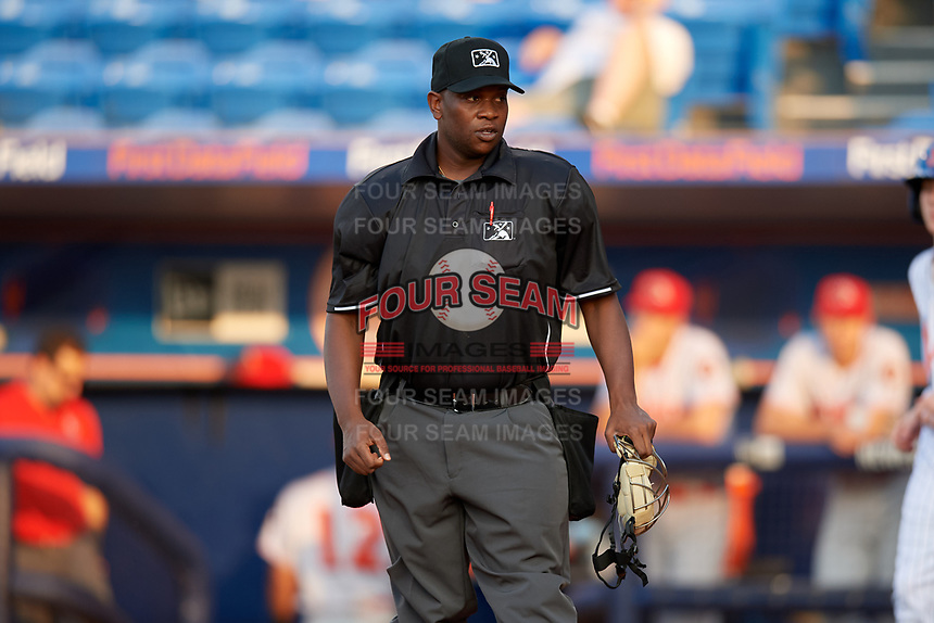 Umpire Dexter Kelley during a Florida State League game between the Florida Fire Frogs and St. Lucie Mets on April 12, 2019 at First Data Field in St. Lucie, Florida.  Florida defeated St. Lucie 10-7.  (Mike Janes/Four Seam Images)