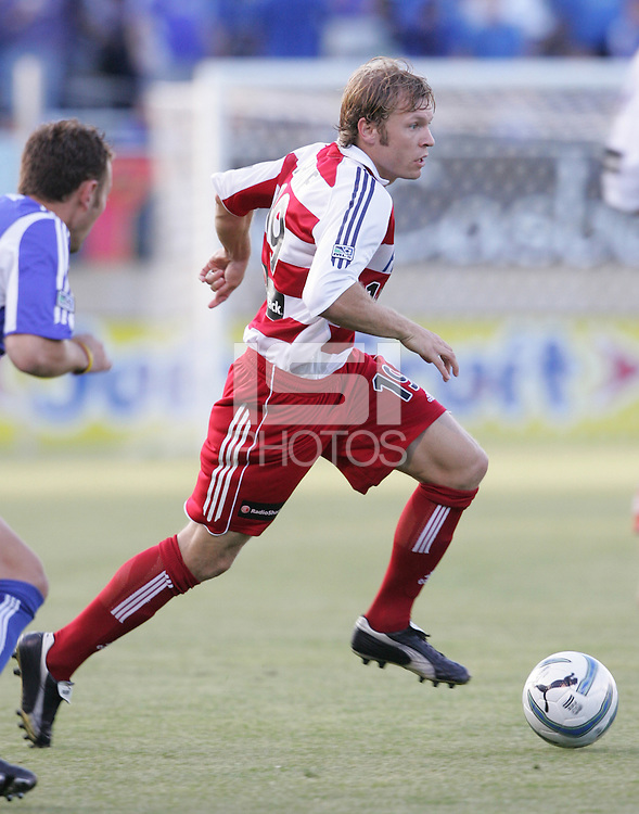 14 May 2005: Bobby Rhine of FC Dallas in action against Earthquakes at Spartan Stadium in San Jose, California.   Earthquakes tied FC Dallas, 0-0.   Credit: Michael Pimentel