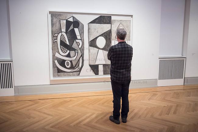 """Die Ausstellung """"Picasso. Das spaete Werk"""" wird vom 9. Maerz bis 16. Juni 2019 im Potsdamer Museum Barberini gezeigt.  Alle Leihgaben, Gemaelde, Keramiken, Skulpturen und Graphiken von Pablo Picasso (1881–1973), stammen aus der Sammlung Jacqueline Picasso (1927–1986).<br /> In der von Gastkurator Bernardo Laniado-Romero getroffenen Auswahl befinden sich zahlreiche Werke, die erstmalig in Deutschland gezeigt werden sowie einige, die zum ersten Mal in einem Museum praesentiert werden.<br /> Im Bild: """"Das Atelier"""", Oel auf Leinwand, vom 29. April 1956.<br /> 7.3.2019, Potsdam<br /> Copyright: Christian-Ditsch.de<br /> [Inhaltsveraendernde Manipulation des Fotos nur nach ausdruecklicher Genehmigung des Fotografen. Vereinbarungen ueber Abtretung von Persoenlichkeitsrechten/Model Release der abgebildeten Person/Personen liegen nicht vor. NO MODEL RELEASE! Nur fuer Redaktionelle Zwecke. Don't publish without copyright Christian-Ditsch.de, Veroeffentlichung nur mit Fotografennennung, sowie gegen Honorar, MwSt. und Beleg. Konto: I N G - D i B a, IBAN DE58500105175400192269, BIC INGDDEFFXXX, Kontakt: post@christian-ditsch.de<br /> Bei der Bearbeitung der Dateiinformationen darf die Urheberkennzeichnung in den EXIF- und  IPTC-Daten nicht entfernt werden, diese sind in digitalen Medien nach §95c UrhG rechtlich geschuetzt. Der Urhebervermerk wird gemaess §13 UrhG verlangt.]"""