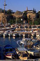 Europe/Turquie/Antalya : Lumière du soir sur le port