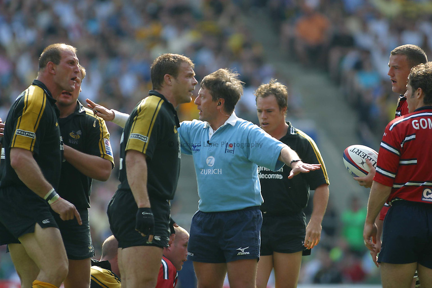 Photo: Jo Caird..Gloucester v London Wasps. Zurich Premiership Final 2003 at Twickenham. 31/05/2003..Lawrence Dallaglio lets his feeling be known.