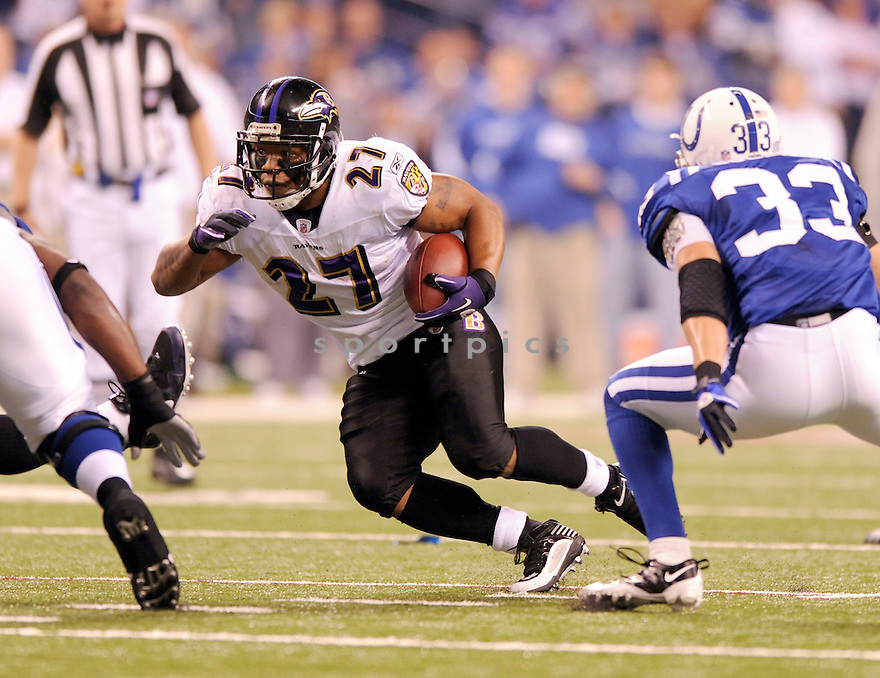 RAY RICE, of the Baltimore Ravens, in action during the Ravens game against the Indianapolis Colts on January 16, 2010 in Indianapolis, Indiana. The Colts won 20-3..