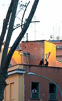 Roma 5 Aprile 2010.Occupata da CasaPound Italia la scuola 'Parinì di Montesacro abbandonata da tre anni per dare alloggi a 17 famiglie in stato di gravissima emergenza abitativa..Rome April 5, 2010.Occupied by CasaPound Italy, the school 'Parini Montesacro abandoned by three years, to give housing to 17 families in serious housing crisis..