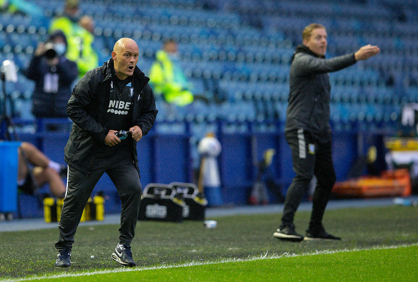 Preston North End manager Alex Neil shouts instructions to his team from the technical area<br /> <br /> Photographer Alex Dodd/CameraSport<br /> <br /> The EFL Sky Bet Championship - Sheffield Wednesday v Preston North End - Wednesday 8th July 2020 - Hillsborough - Sheffield<br /> <br /> World Copyright © 2020 CameraSport. All rights reserved. 43 Linden Ave. Countesthorpe. Leicester. England. LE8 5PG - Tel: +44 (0) 116 277 4147 - admin@camerasport.com - www.camerasport.com