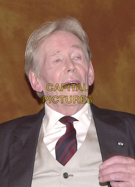 PETER O'TOOLE.Los Angeles, 2004.headshot, portrait.www.capitalpictures.com.sales@capitalpictures.com.© Capital Pictures.