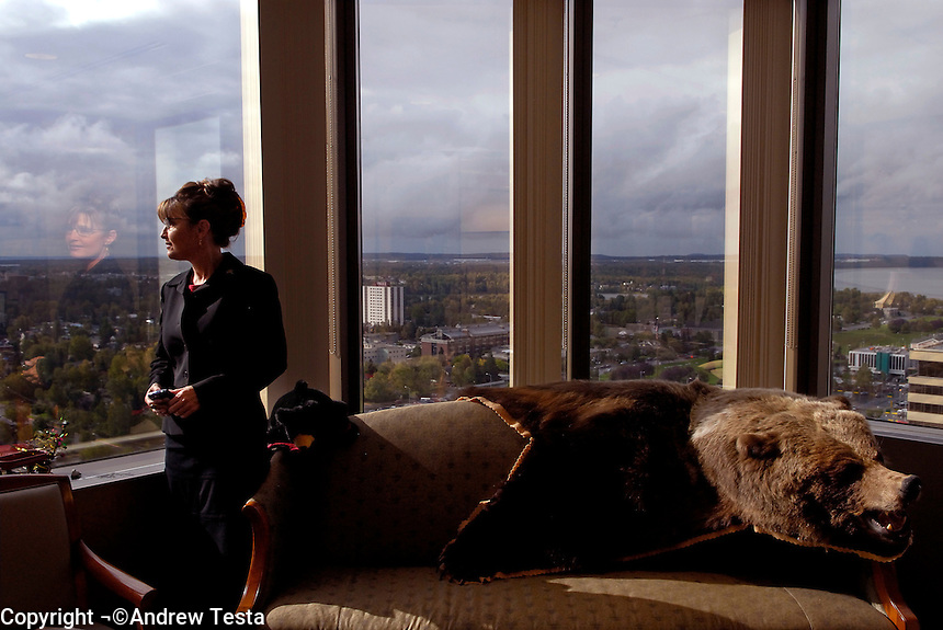 USA. Anchorage. 13th September 2007.The Governor at her office in Anchorage. The bear was shot by her father..©Andrew Testa/Panos