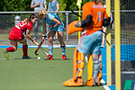 GER - Mannheim, Germany, May 05: During the women field hockey 1. Bundesliga match between Mannheimer HC (red) and Uhlenhorster HC Hamburg (light blue) on May 5, 2018 at Am Neckarkanal in Mannheim, Germany. Final score 1-3. (Photo by Dirk Markgraf / www.265-images.com) *** Local caption *** Alicia Magaz #29 of Mannheimer HC, Eileen Hoffmann #11 of Uhlenhorster HC Hamburg