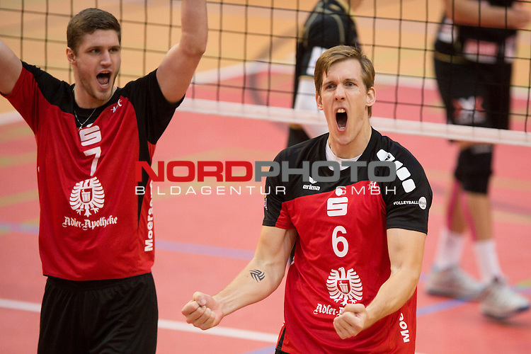 27.10.13, ENNI Sportpark, Moers,  Volleyball, Bundesliga Maenner, Moerser SC vs. VC Dresden<br />  <br /> <br /> Jubel Oskar Klingner (#7 Moers), Joris Marcelis (#6 Moers)<br /> <br />   Foto &copy; nph / Kurth