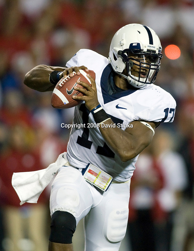 MADISON, WI - OCTOBER 11: Quarterback Daryll Clark #17 of the Penn State Nittany Lions looks for a receiver against the Wisconsin Badgers at Camp Randall Stadium on October 11, 2008 in Madison, Wisconsin. The Nittany Lions beat the Badgers 48-7. (Photo by David Stluka)