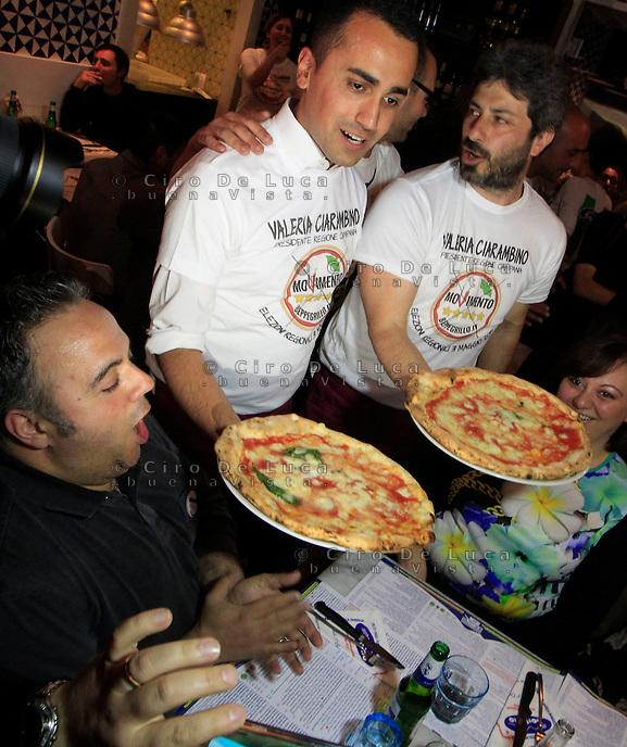 Grillini camerieri per raccolta fondi ciro de luca for Deputati cinque stelle