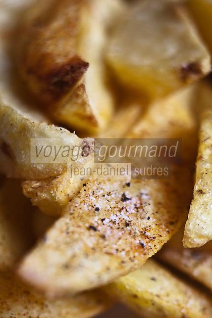 Europe/Suisse/Valais/Champéry/ Planachaux: Frites maison au Restaurant: Chez Coquoz